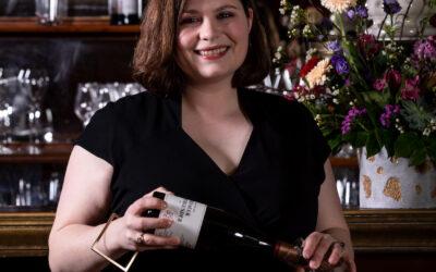 Sommelière Janine Woltaire ist die Spezialistin in Sachen Wein im Zwei-Sterne-Restaurant Horváth